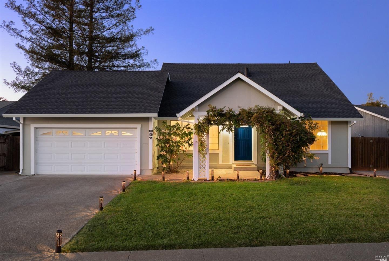 837 Lilac Way, Rohnert Park, CA 94928 - MLS#: 321080958