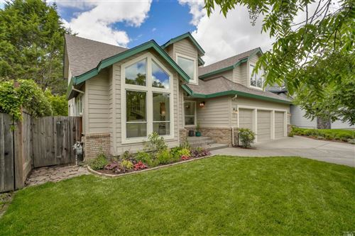 Photo of 94 Leighann Place, Windsor, CA 95492 (MLS # 22010959)