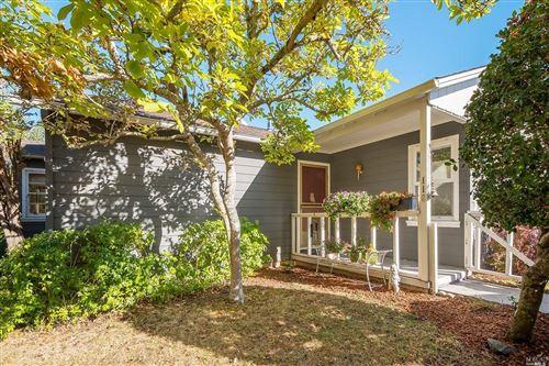 Photo of 116 Monte Vista Avenue, Larkspur, CA 94939 (MLS # 22025971)