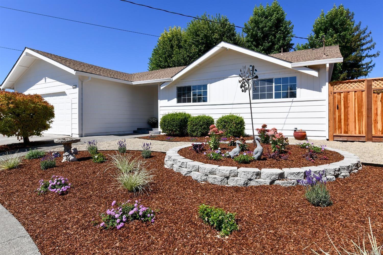 4015 Trinity Court, Santa Rosa, CA 95405 - MLS#: 321087974