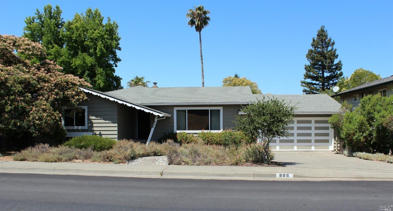 806 Middlefield Drive, Petaluma, CA 94952 - MLS#: 321063995