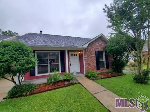 15152 MARY ELIZABETH DR, Baton Rouge, LA 70816 - MLS#: 2021007196