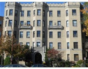Photo of 51 Park Dr #12A, Boston, MA 02215 (MLS # 72523002)