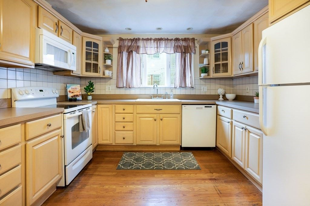 Photo of 28 Albion St, Medford, MA 02155 (MLS # 72776010)