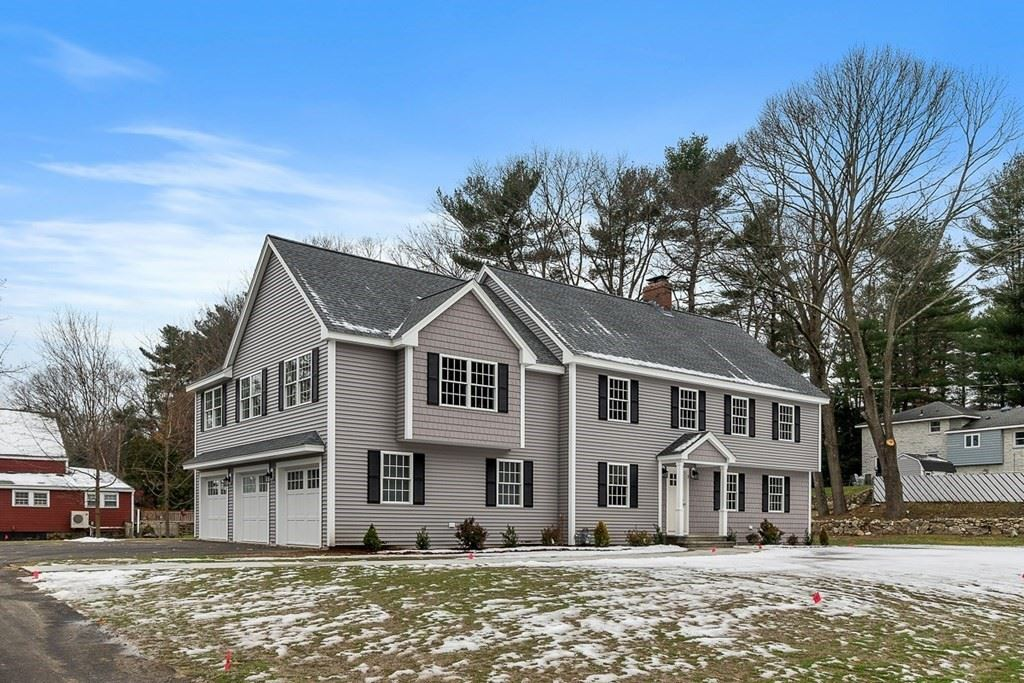 Photo for 2 Carriage Hill Rd, Andover, MA 01810 (MLS # 72773017)