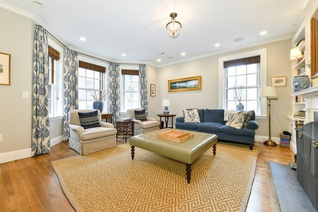 Photo of 4 West Hill Place #1, Boston, MA 02114 (MLS # 72813024)