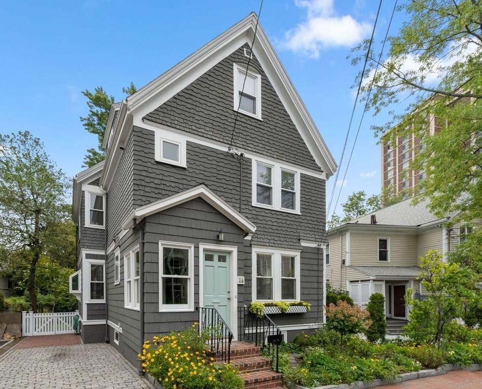 28 Lowell Street, Cambridge, MA 02138 - MLS#: 72727050