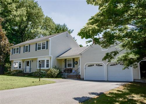 Photo of 10 Eastman Road, Andover, MA 01810 (MLS # 72692073)