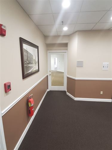Tiny photo for 2 Elm Sq #204, Andover, MA 01810 (MLS # 72735086)