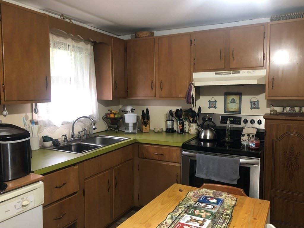 Photo of 74 Bottomley Ave, Leicester, MA 01611 (MLS # 72748093)