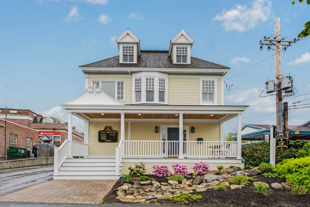 Photo for 15 Chestnut St #7, Andover, MA 01810 (MLS # 72701096)