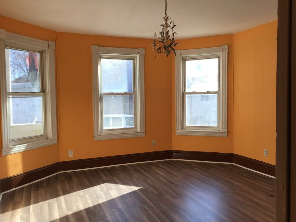Photo of 24 Lyon St #1, Worcester, MA 01604 (MLS # 72760096)