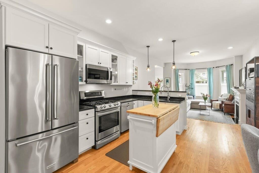 78 College Ave #1, Somerville, MA 02144 - MLS#: 72869096