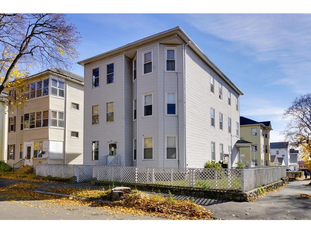 10 Bedford Ave, Worcester, MA 01604 - MLS#: 72819100