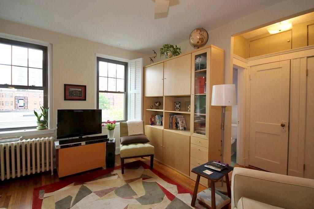 Photo of 62 Queensberry Street #405, Boston, MA 02215 (MLS # 72689107)