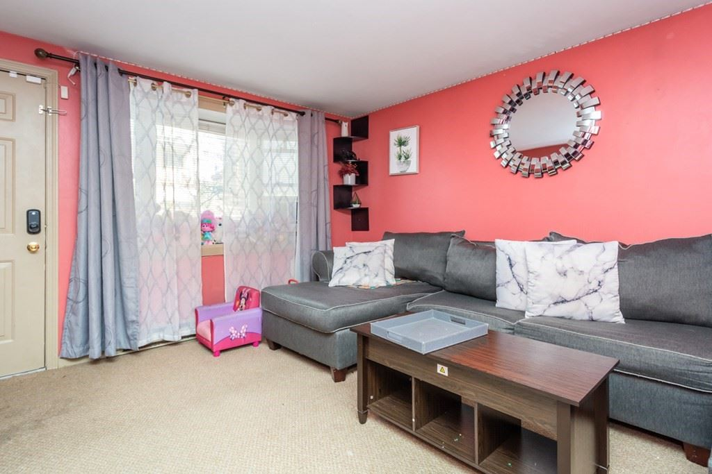 Photo of 6 Mount Vernon St #B, Worcester, MA 01605 (MLS # 72761108)