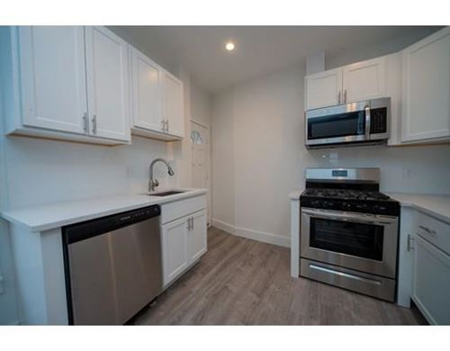 Photo of 2 Crest Ave #3, Revere, MA 02151 (MLS # 72610125)