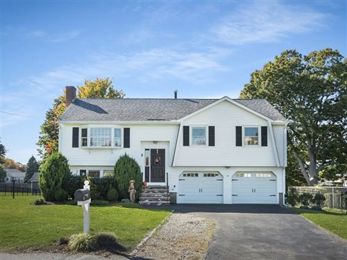 Photo of 5 Bacon Ave, North Andover, MA 01845 (MLS # 72913125)