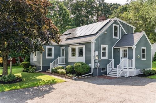Photo of 10 Pine Hill Rd, Bedford, MA 01730 (MLS # 72893153)