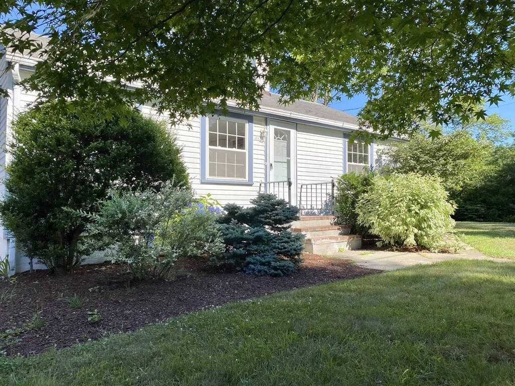 124 Packard St, Plymouth, MA 02360 - #: 72657163