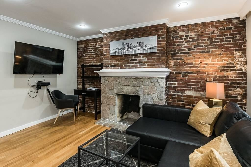 Photo of 41 Grove #4, Boston, MA 02114 (MLS # 72641176)