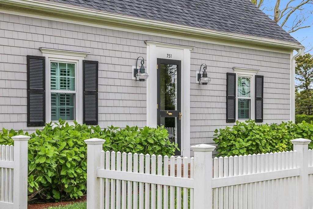 751 Crowell Rd, Chatham, MA 02650 - MLS#: 72670187