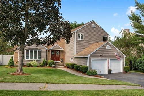 Photo of 7 Mansion Road, Wakefield, MA 01880 (MLS # 72848191)