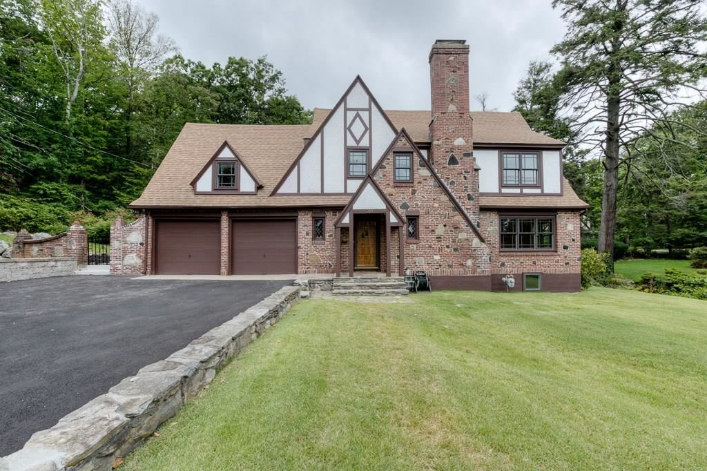 Photo of 263 Moreland, Worcester, MA 01609 (MLS # 72718193)