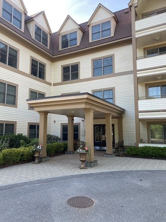 12 Russell Rd #104, Wellesley, MA 02482 - #: 72840193