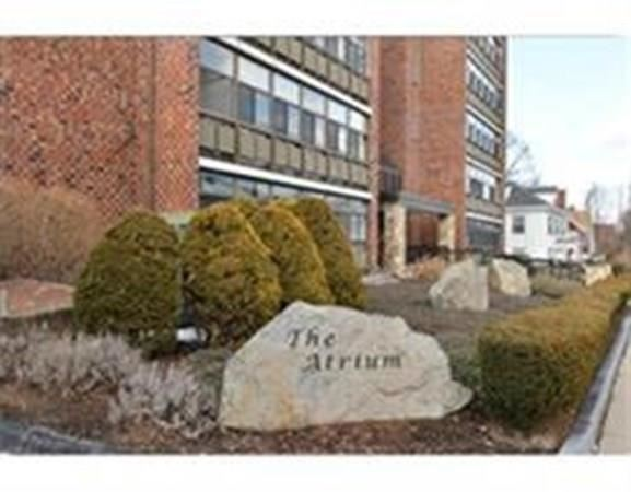 Photo for 40 Greenleaf St #104, Quincy, MA 02169 (MLS # 72732213)