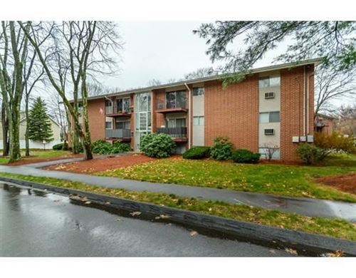 Photo of 12 Crescent Dr #3, Andover, MA 01810 (MLS # 72593214)