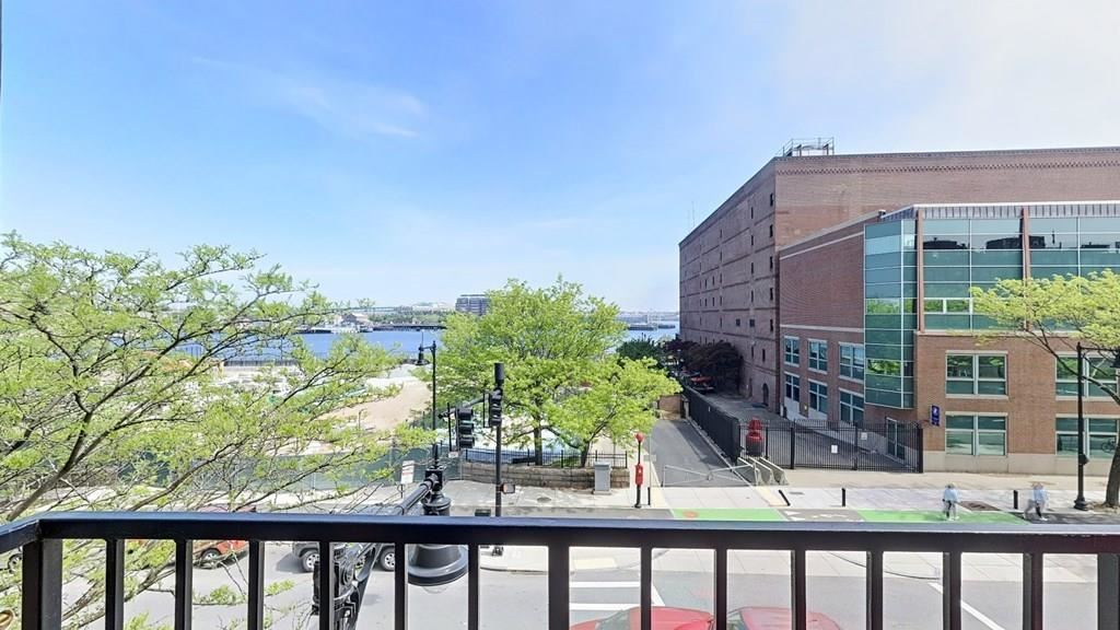 480 Commercial Street #3A, Boston, MA 02109 - #: 72664221