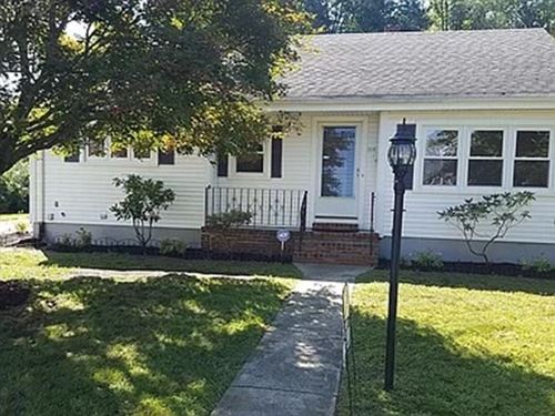 Photo of 1016 Beverly St, New Bedford, MA 02745 (MLS # 72898234)