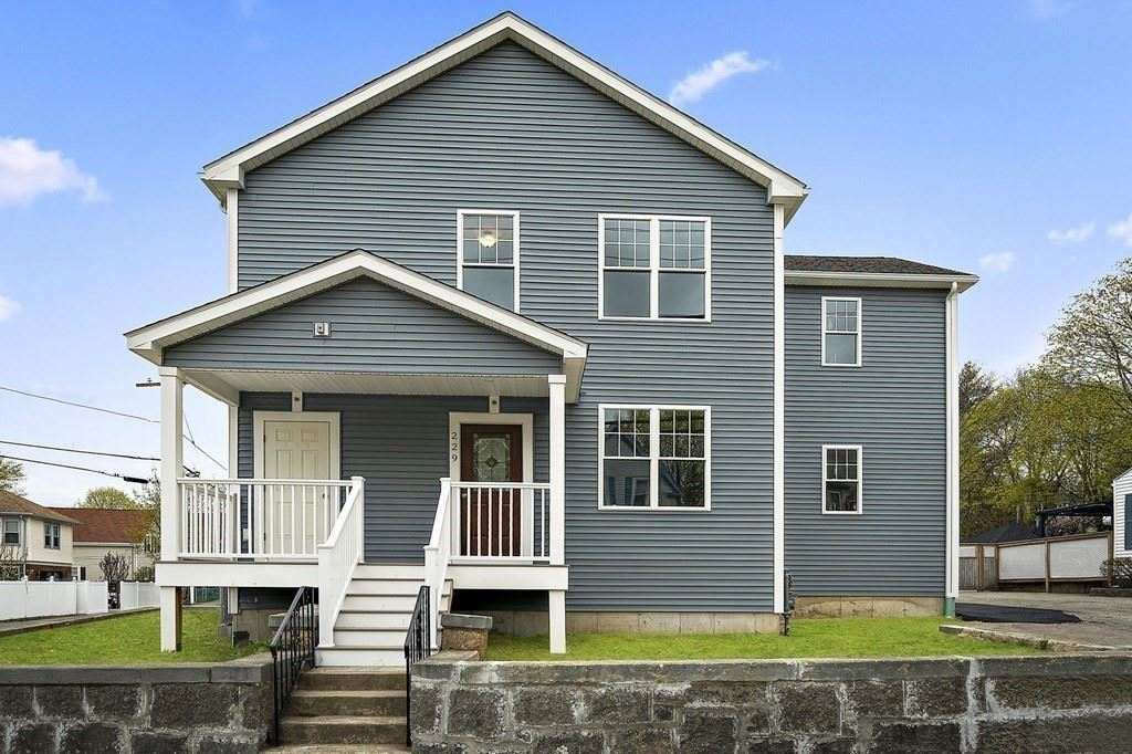 Photo of 229 Centre St #3, Quincy, MA 02169 (MLS # 72816243)