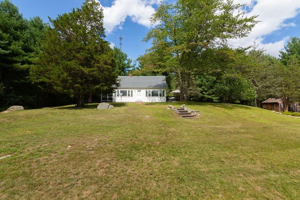 14 Kendall Ave, Sherborn, MA 01770 - #: 72884273