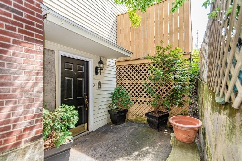 42 Epping St #4, Lowell, MA 01852 - MLS#: 72847276