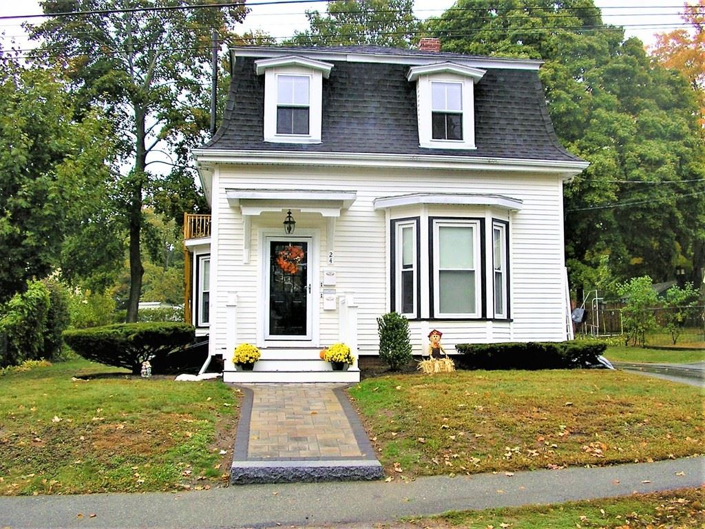 Photo of 24 Duncklee Avenue, Stoneham, MA 02180 (MLS # 72743285)