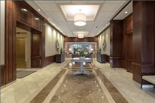 Photo of 9 Hawthorne Place #9O, Boston, MA 02114 (MLS # 72900287)