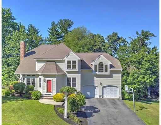 Photo for 63 Foxwood Dr, North Andover, MA 01845 (MLS # 72429288)