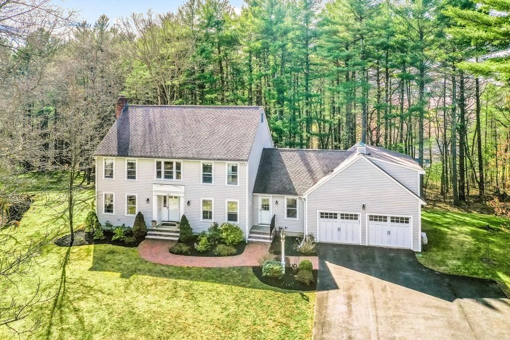 Photo of 101 Spring Hill Rd, North Andover, MA 01845 (MLS # 72642288)
