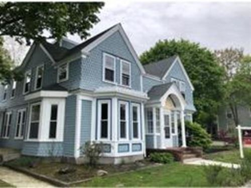 Photo of 150 Middle St #1, Weymouth, MA 02189 (MLS # 72909306)