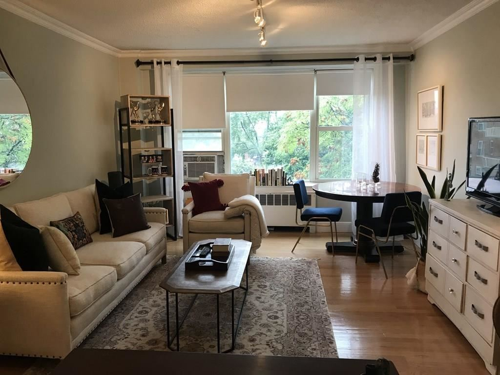 Photo of 145 Pinckney Street #718, Boston, MA 02114 (MLS # 72729322)