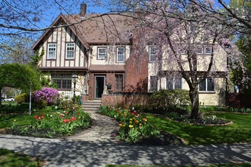 Photo of 30 Hillcrest Ave, Melrose, MA 02176 (MLS # 72898324)