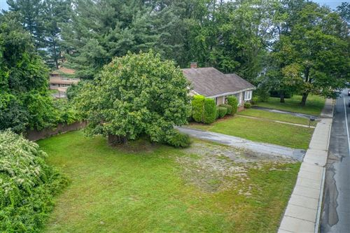 Photo of 1492 Lakeview Ave., Dracut, MA 01826 (MLS # 72896333)
