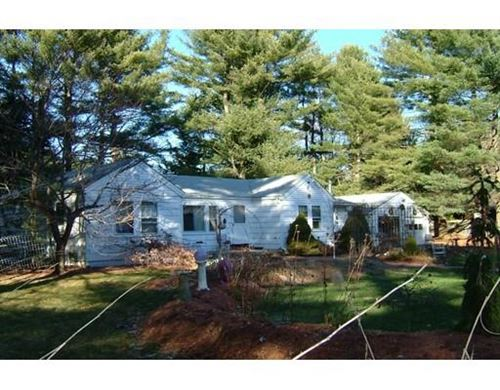 Photo of 5 Rhododendron Avenue, Medfield, MA 02052 (MLS # 72605334)