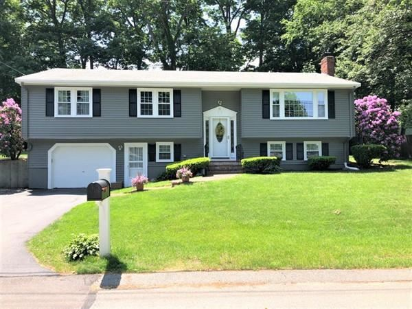 32 Sunset Dr, Milford, MA 01757 - MLS#: 72617351