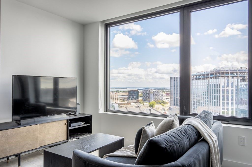 Photo of 399 Congress Street #1806, Boston, MA 02210 (MLS # 72743367)
