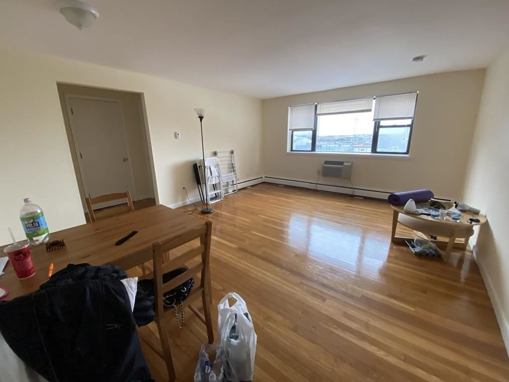 Photo of 1039 Commonwealth Ave #21, Boston, MA 02215 (MLS # 72641377)
