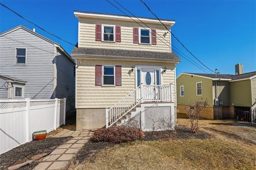 Photo of 26 Oakhurst Ter, North Reading, MA 01864 (MLS # 72799386)