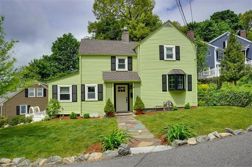 Photo of 8 Hilltop Parkway, Woburn, MA 01801 (MLS # 72666395)
